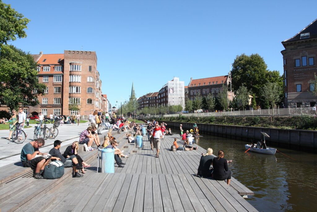 Aarhus: Open real-time traffic data reveals changes during social distancing