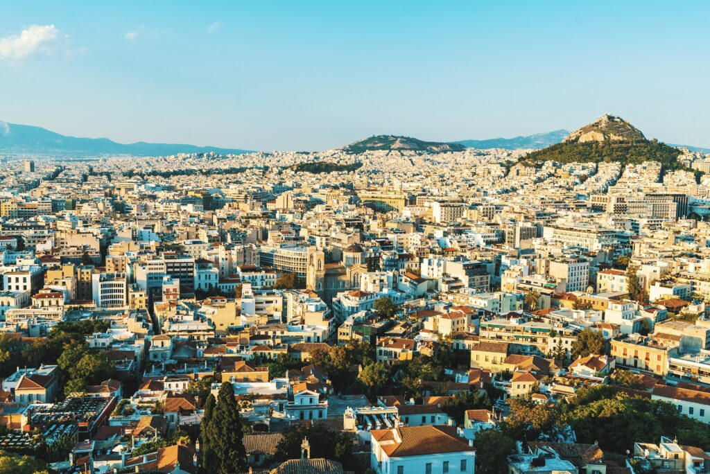 Athens city centre to go car-free for three months