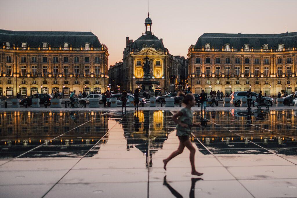 Bordeaux unveils emergency cycling plan