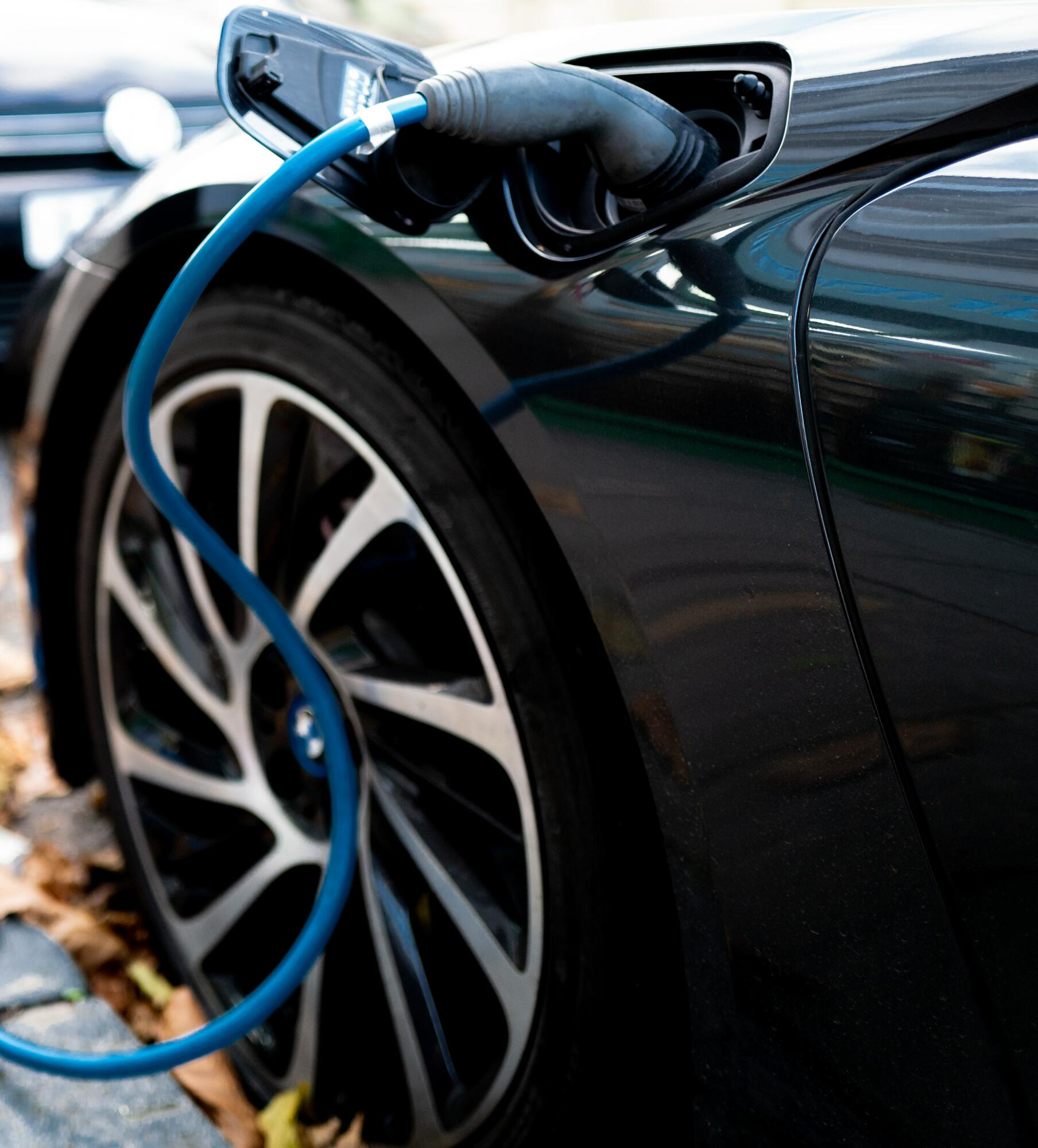 Madrid expands ultra-fast electric charging