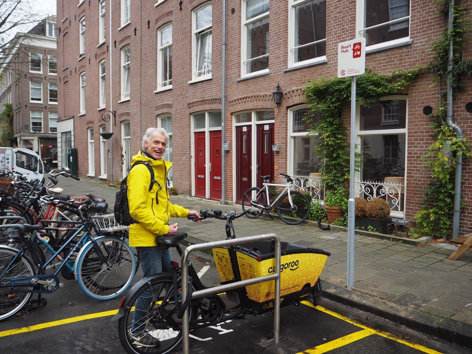 Amsterdam launches its first eHUB. With many more to come!