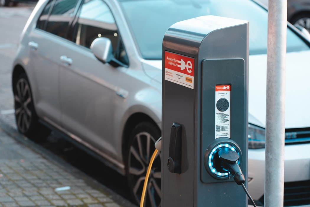 Boosting zero-emission vehicles in corporate and urban fleets