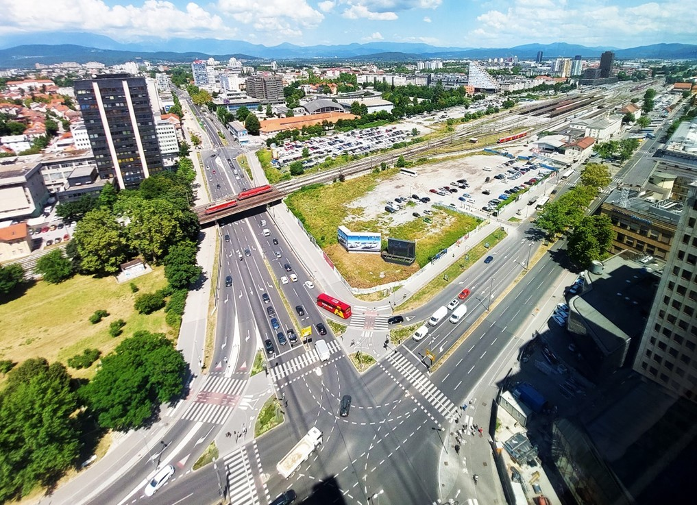 Students from Ljubljana propose new street and traffic arrangements using data from traffic counting sensors