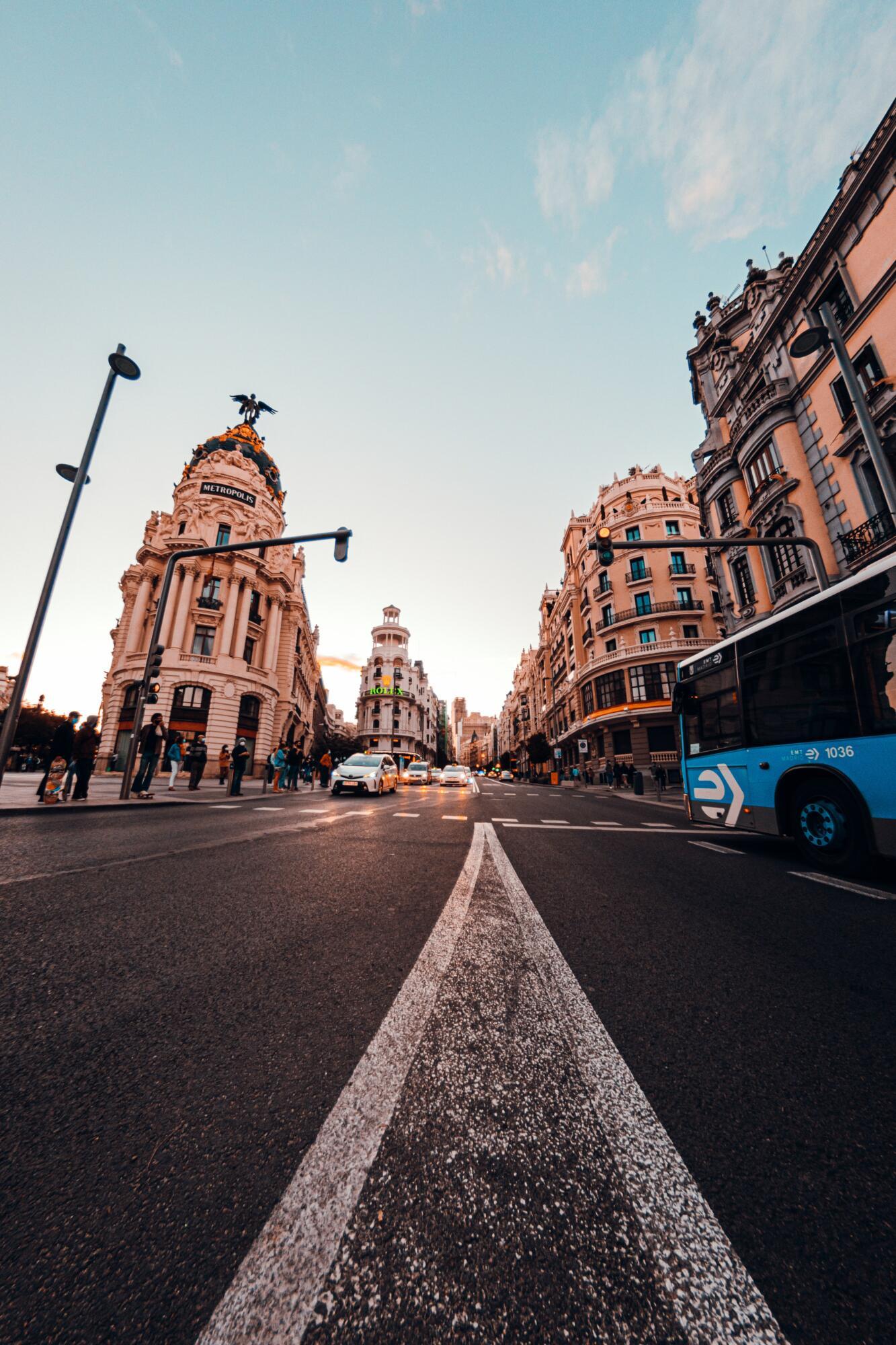 Madrid to make public transport free during morning peak hours