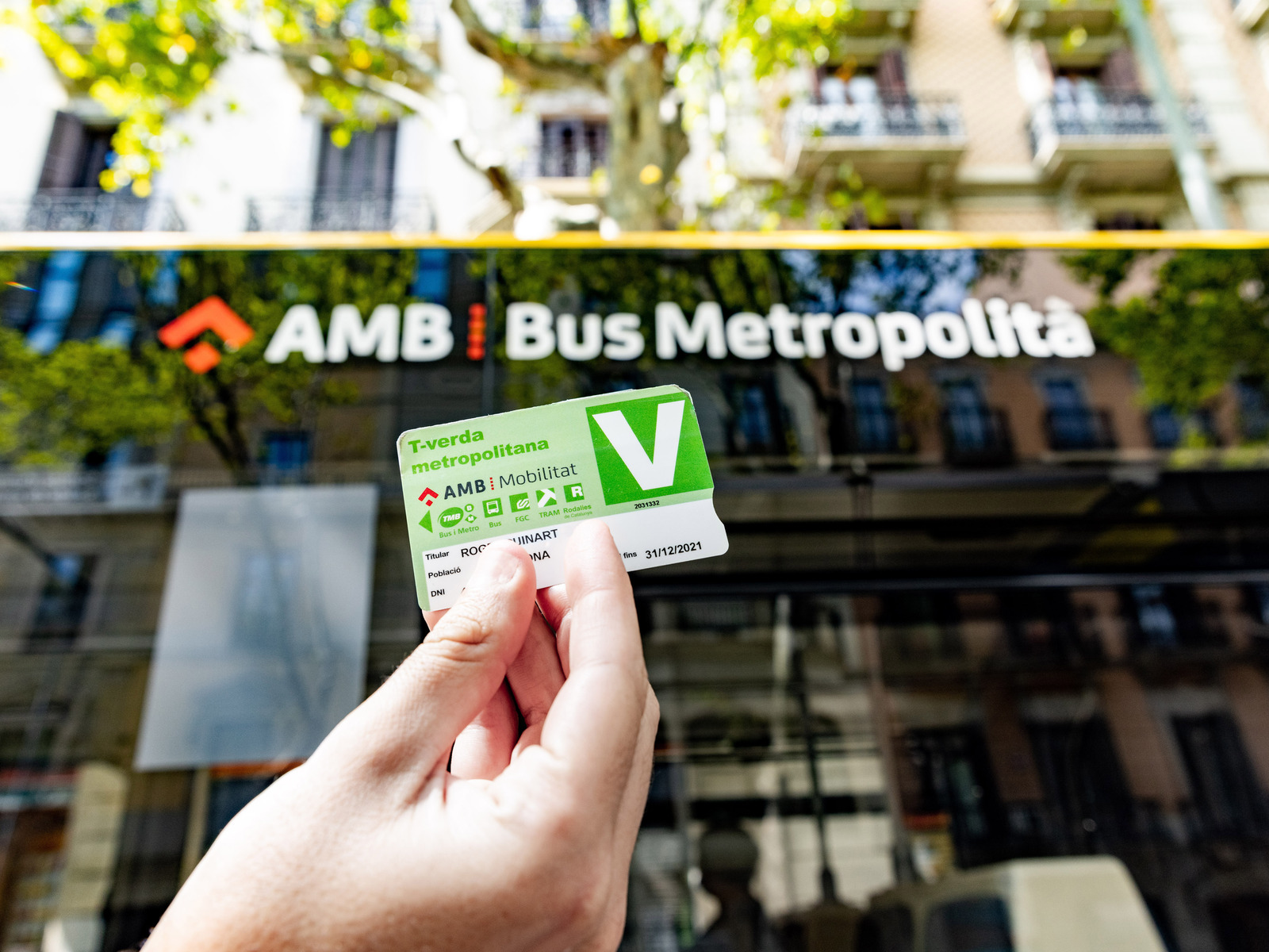 Barcelona issued 12,000 free annual public transport tickets to former car owners